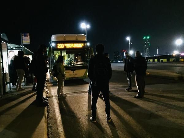 Otobüsten inmeyen koronavirüs hastası kadını polis indirdi - Sayfa 4