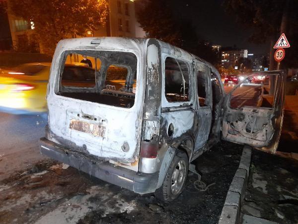 Bahçelievler'de hafif ticari araç alev alev yandı - Sayfa 4