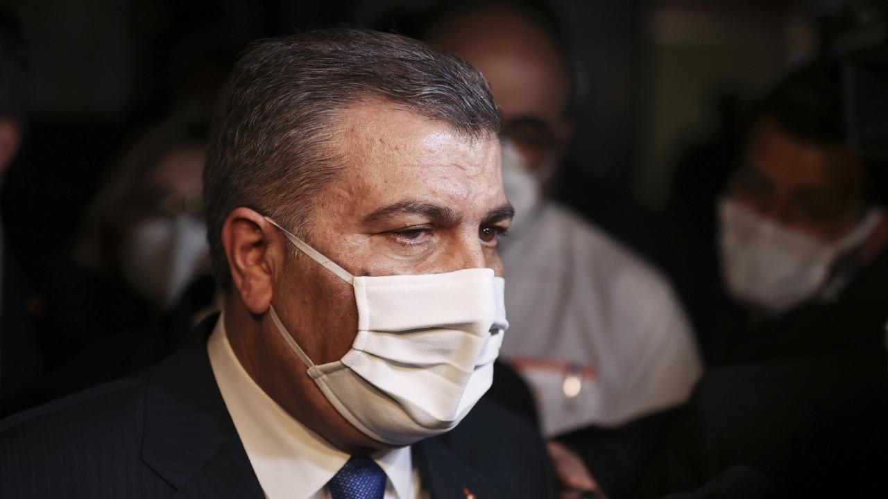 Bakan Fahrettin Koca'dan çocuklar için maske uyarısı