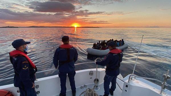 İzmir açıklarında 67 kaçak göçmen kurtarıldı - Sayfa 2