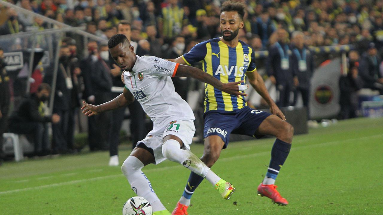 Fenerbahçe Kadıköy'de Alanyaspor'a 2-1 mağlup oldu