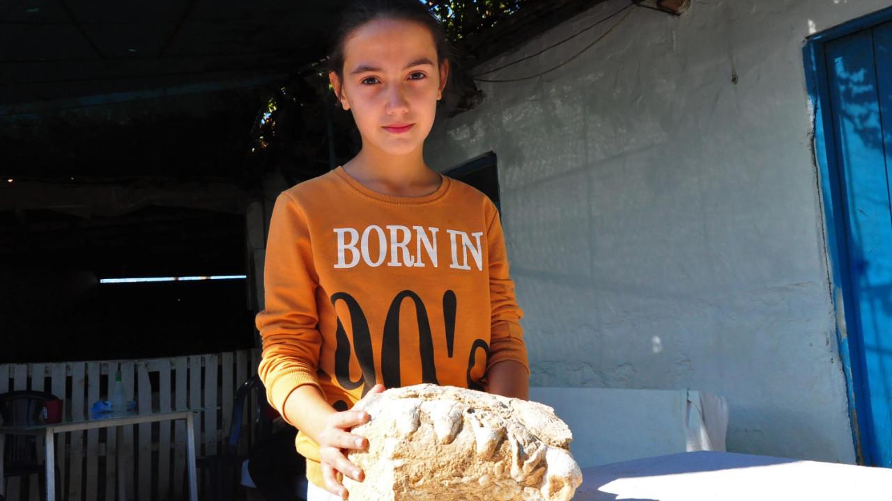 10 yaşındaki Elçin: Bulduğum taş dinozor fosili olabilir