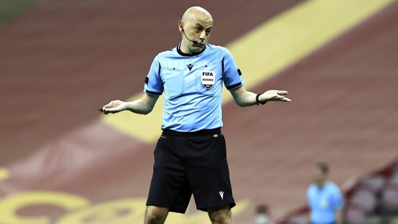 FIFA kokartlı hakem Cüneyt Çakır için dudak uçuklatan teklif!