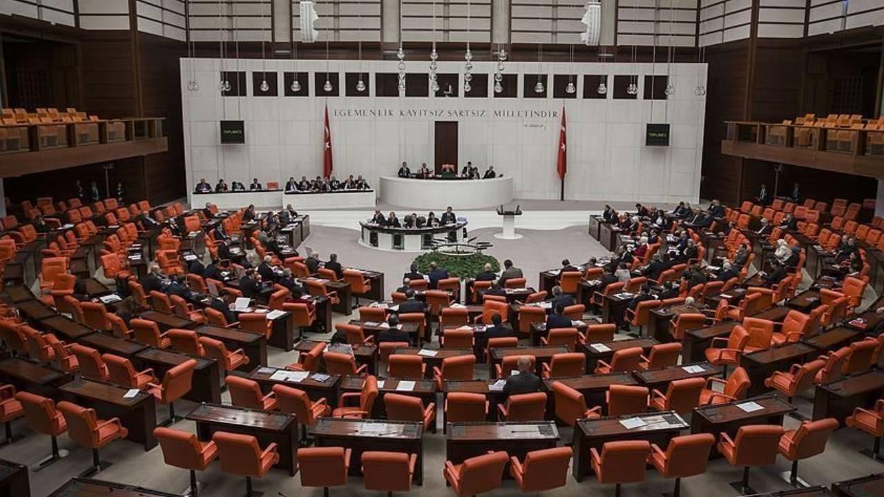 Suriye-Irak tezkeresine Meclis'ten onay