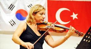 Güney Kore'de Klasik Müzikle Dostluk Rüzgarı