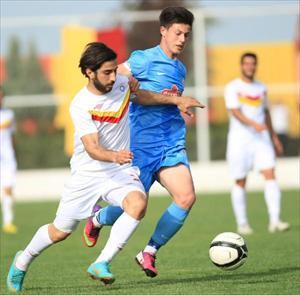 Diyarbakır Büyükşehir Belediyespor-Pazarspor: 2-2