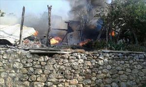Köyde Yangın: 2 Ölü