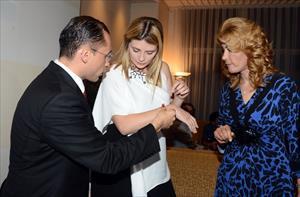 Dünyaca ünlü yıldıza Adana burması