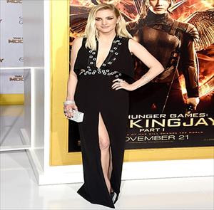 Yıldız oyuncuyu Türk modacı giydirdi