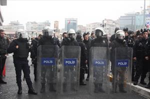 CHP'lilere polis müdahalesi
