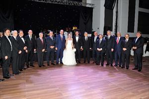 5 Adana valisi aynı düğünde