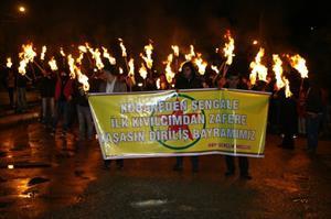 DBP'lilerin meşaleli yürüyüşüne polis izin vermedi