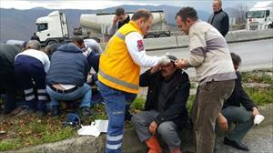 Bolu Dağı'nda kaza trafiği kilitledi