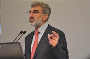 Türkiye Irak'la ilgili konulara kayıtsız kalamaz