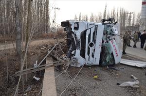 Trafik canavarının acı bilançosu: 324 ölü