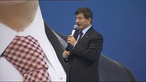 Başbakan Davutoğlu'dan İzmir'e müjde