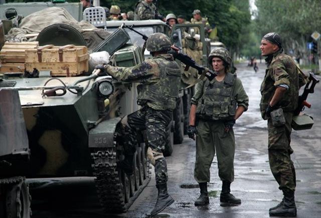Ukrayna güçleri Debaltseve'den çekiliyor