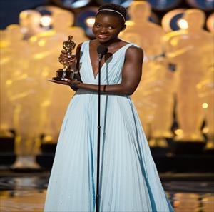 Oscar elbisesi çalındı