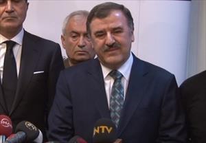 """Yaşar Kemal'in doktoru: Ulusumuza başsağlığı diliyorum"""""""