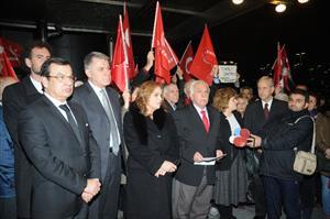 Perinçek'ten silah bırakma yorumu: Cumhuriyete silah çekildi