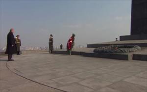 Erdoğan'dan Meçhul Asker Anıtı'na ziyaret