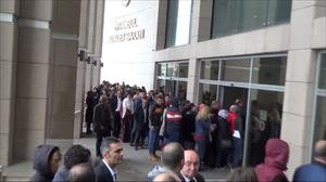 İstanbul Adliyesi'nde arama kuyruğu