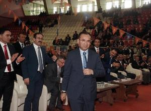 Bozdağ: HDP'nin seçime girmesi uluslararası bir projedir