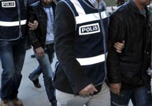 'Paralel yapı'da 17 polise tutuklama