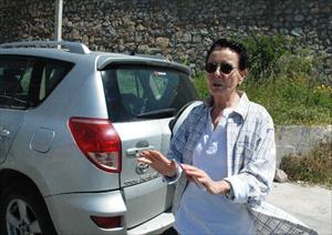 Fatma Girik aracıyla kaza yaptı