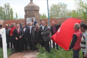 Iğdır'da Ermeni katliamında şehit edilenler anıldı