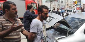 Otomobilin çarptığı yaralı polis, kaçakçıyı yakaladı