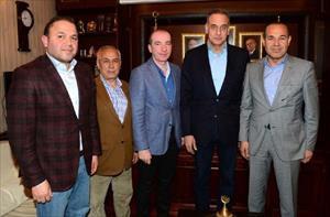 Lütfi Arıboğan başkan adaylığının startını Adana'da verdi