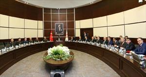 Başbakan Davutoğlu Savunma Sanayii İcra Komitesi Toplantısı'na katıldı
