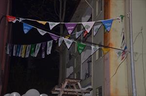 Askeri lojmana asılan HDP flamaları kaldırıldı
