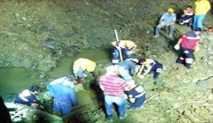 Göçük altında kalan işçi kurtarılamadı