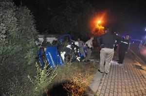 Minibüs askeri araca çarptı : 1 ölü, 3 yaralı