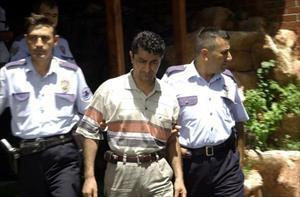 Adana'da doktorlar hasta yüzünden birbirlerini yumrukladı