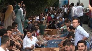 Doğu Türkistanda yapılan zulme iftarlı protesto