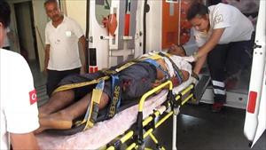 Otoyol gişelerine çarpan sürücü öldü, eşi ve çocukları yaralandı