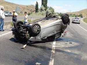 Yozgat'ta otomobil takla attı: 4 yaralı