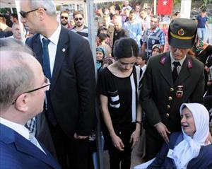 Şehit eşinden Bakan Öztürk'e çözüm süreci tepkisi
