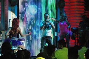Serdar Ortaç 'acı' şarkılara son verdi