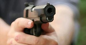Polis karakoluna silahlı saldırı: 1 saldırgan öldürüldü