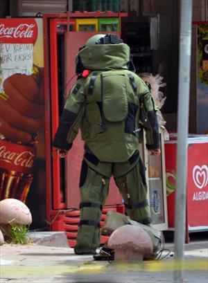 Meraklı vatandaşları bomba ihtimali de korkutmadı