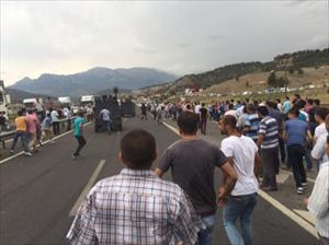 Teröristlerin cenazesi zırhlı araçlarla çıkarıldı