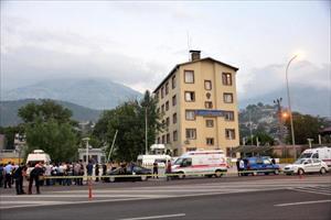 Pozantı Emniyet Müdürlüğü'ne silahlı saldırı: 2 polis şehit, 2 PKK'lı öldürüldü