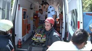 Beykoz'da halk otobüsü devrildi: 10 yaralı (1)