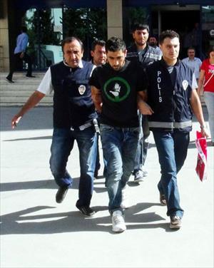 El Muhaberat adını kullanıp dolandırıcılık yapan 3 Suriyeli adliyede