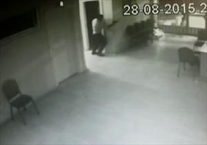 AK Parti ilçe binasına böyle saldırdılar