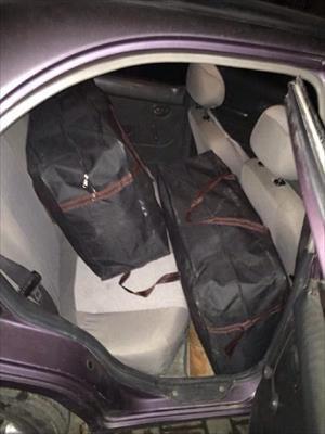 Kovalamacayla durdurulan otomobilde 66 kilo esrar ele geçti